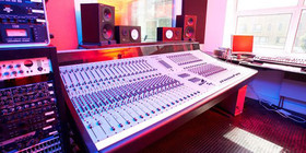 Point Blank London Music Production and Business Diploma Course