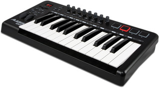 Alesis QX25