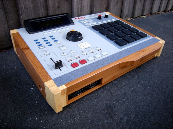 Drum Broker Akai MPC 2000XL Giveaway