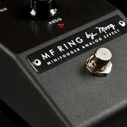Minifooger Ring