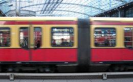 Berlin Hauptbahnhof by leralle
