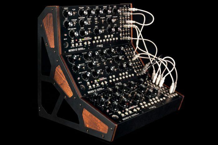 Moog Mother-32 rack