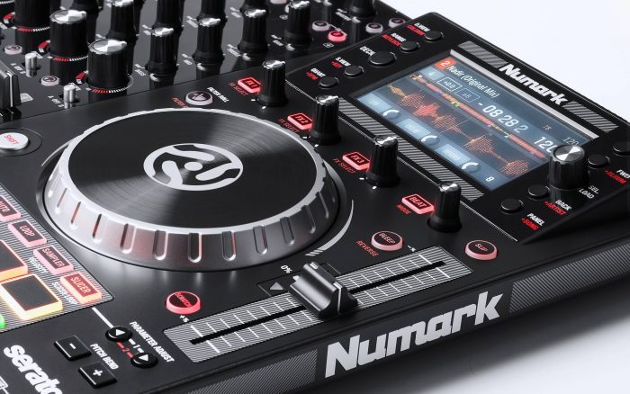 Numark NV II feat