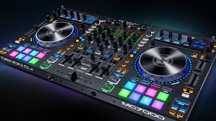Denon DJ MC7000 feat