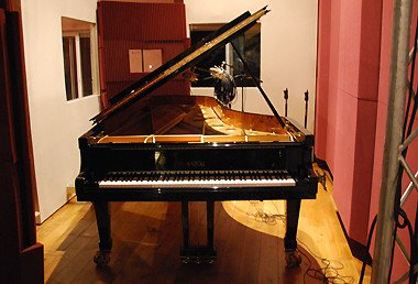uvi italian grand piano1