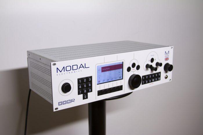Modal 002R