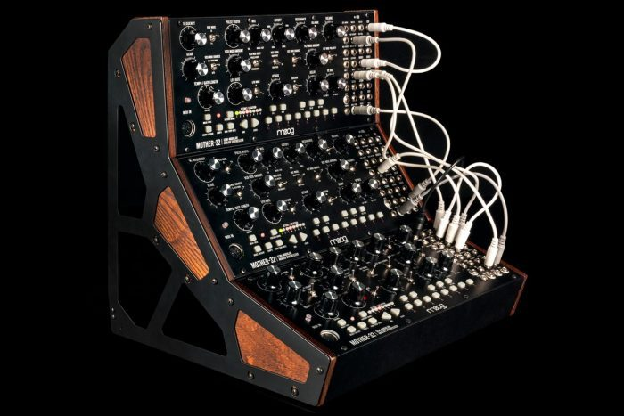 Moog Mother-32 rack