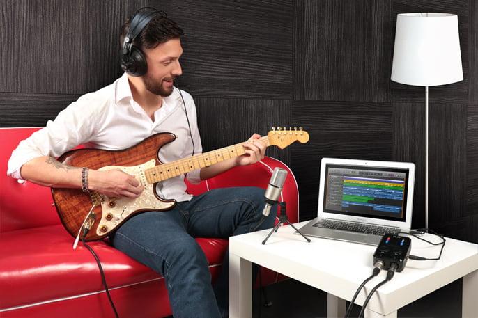 IK Multimedia iRig Pro Duo Studio Suite bundles feat