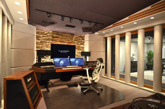 The award-winning Yellow Hammer MixRoom, developed by Carl Tatz Design and featuring the PhantomFocus System