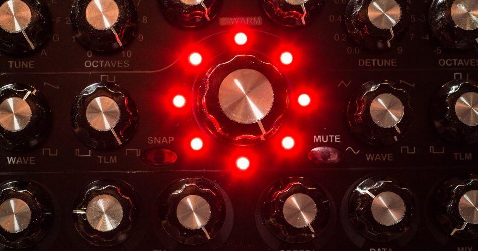 Radikal Technologies RT 311 Swarm Oscillator feat
