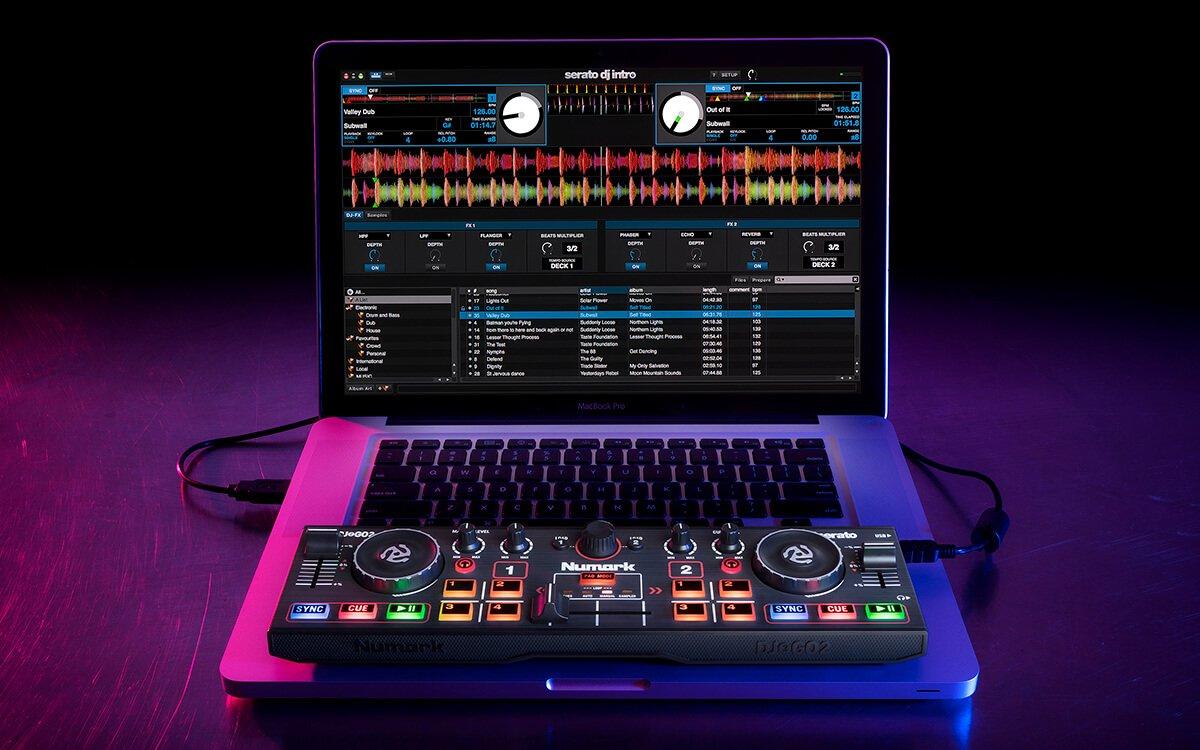 Numark DJ2GO2 laptop