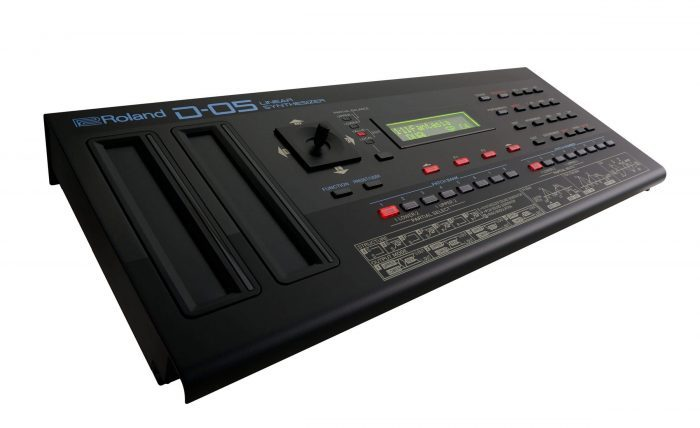 Roland D-05 Linear Synthesizer angle