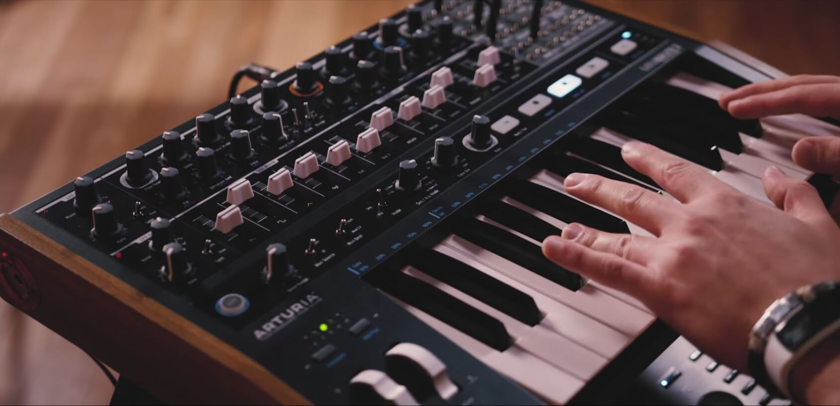 arturia announces minibrute 2 semi modular analog synthesizer. Black Bedroom Furniture Sets. Home Design Ideas