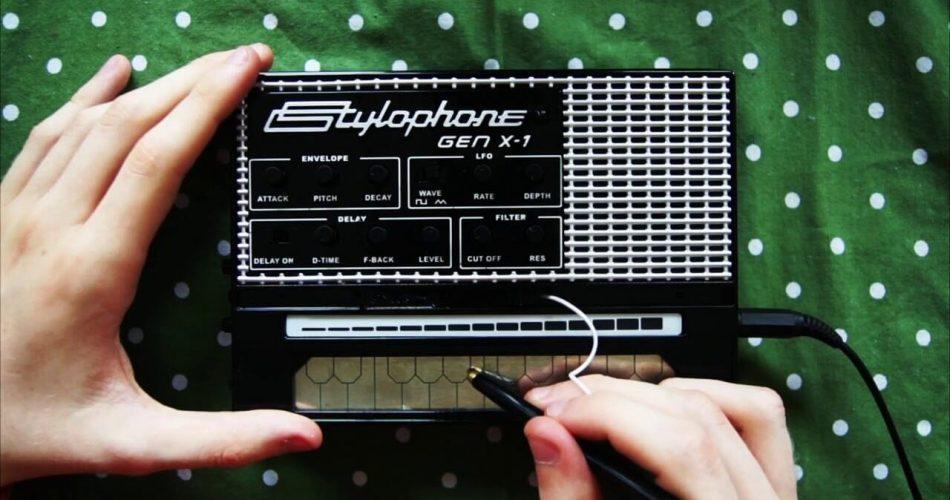 Dubreq Stylophone GenX 1 feat