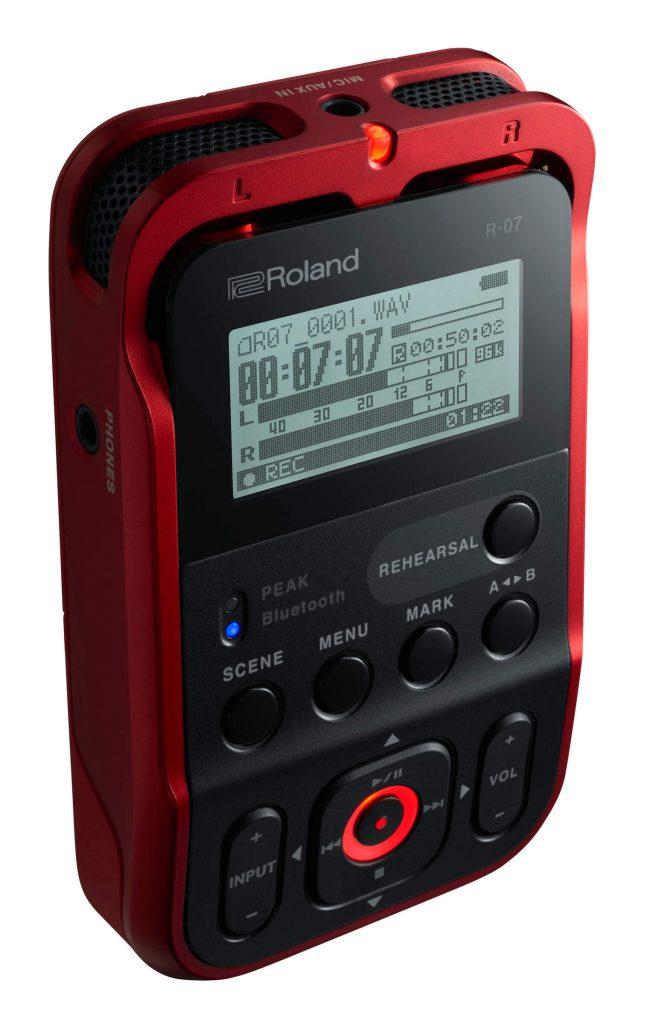 Roland R 07 Red