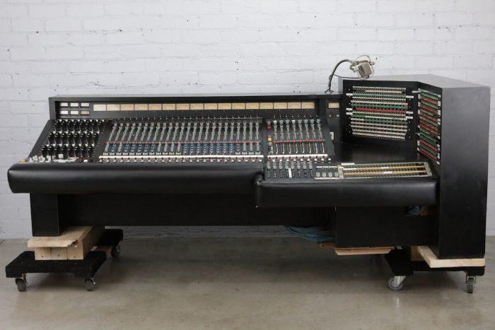 Sunset Sound Bushnell Console