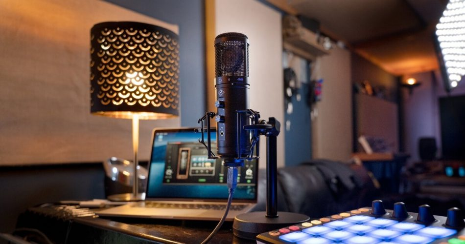 Axino Synergy Core: All-in-one recording system in a USB microphone
